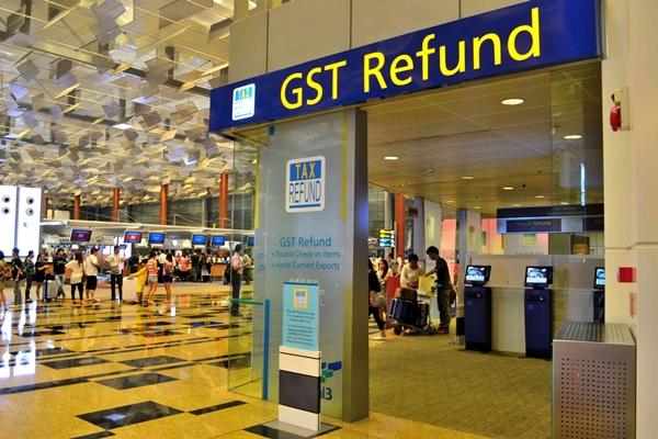 Khu vực hoàn thuế tại sân bay Changi- Singapore